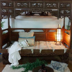 13953. 250x105x215 4500.00 agora 3300.00 cama do Bali